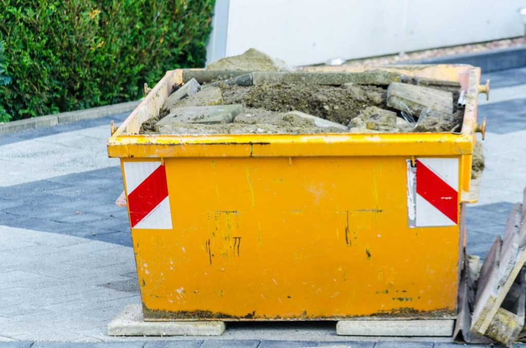 South Auckland skip bin hire